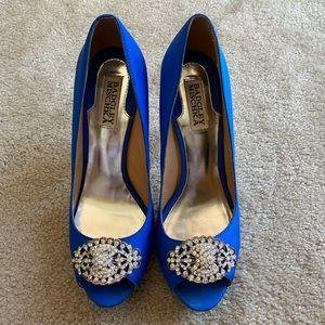 Badgley Mischika royal blue peep toe heels
